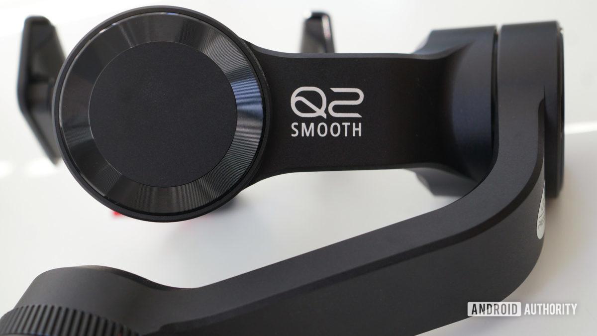 Zhiyun Smooth Q2 branding closeup, Zhiyun Smooth-Q2 review
