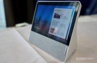 Lenovo Smart Display 7 right profile