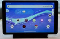 Lenovo Smart Tab M8 docked