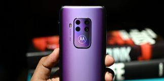 The Motorola One Zoom packs four cameras at half the price of the Galaxy Note 10