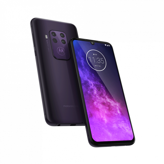 Motorola One Zoom goes official with five cameras