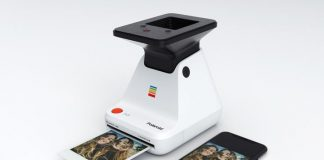 This gadget turns smartphone snaps into real Polaroids through optical trickery