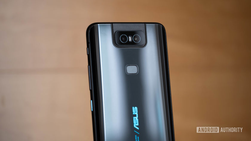 Asus Zenfone 6 - closer back of device