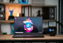 Both the 6th- and 7th-gen ThinkPad X1 Carbon are on sale right now