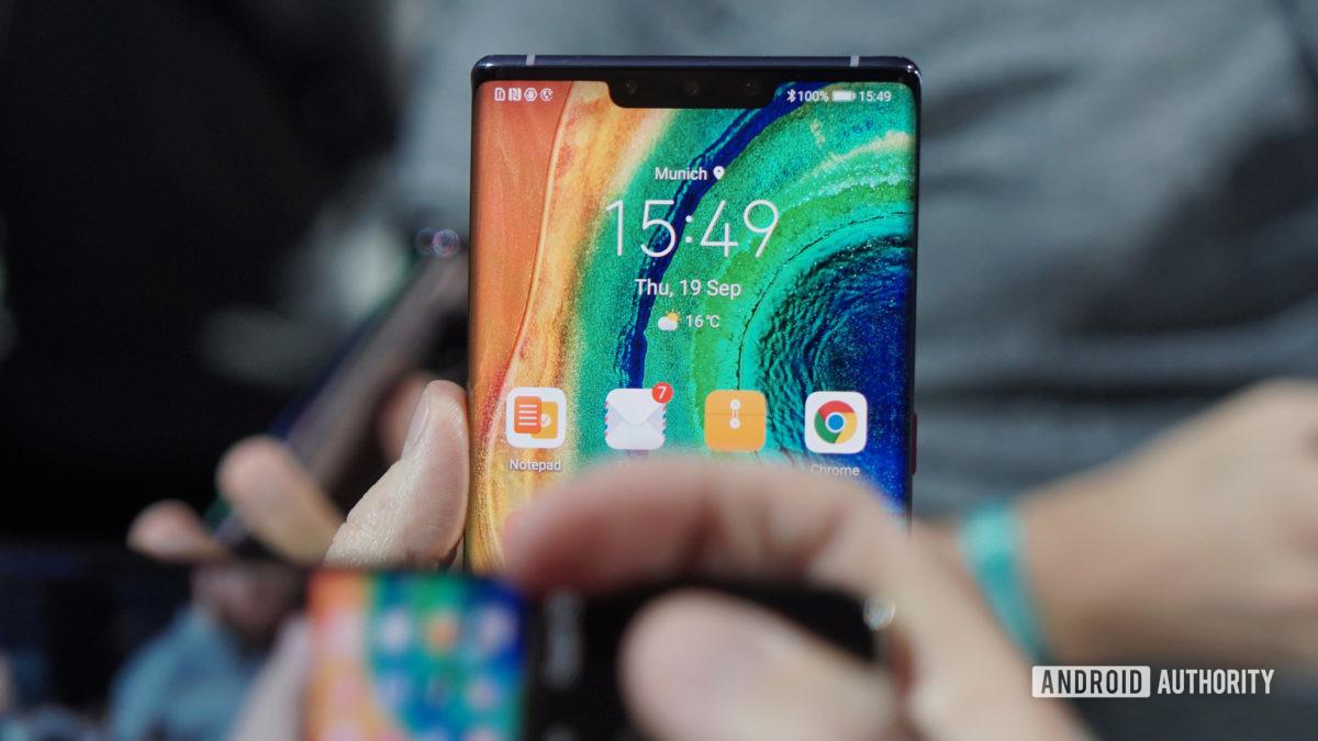 Huawei Mate 30 Pro notch display 2