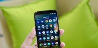 Amazon lets you save up to $78 on the Moto G6 and G7 smartphones