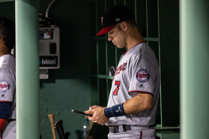 From iPads to Apple Watches, tech has changed Major League Baseball forever