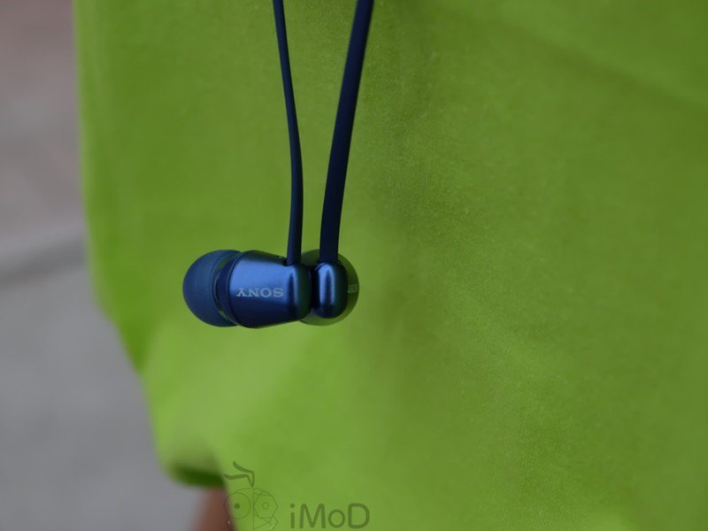 sony-wi-c310-earbuds-header.jpg?itok=tkL