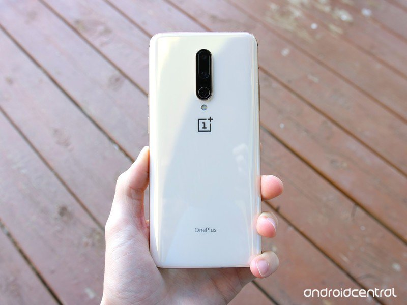oneplus-7-pro-almond-hands-on-5.jpg?itok