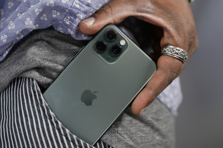 Apple sets very aggressive timeline to build own 5G modem for iPhones by 2022