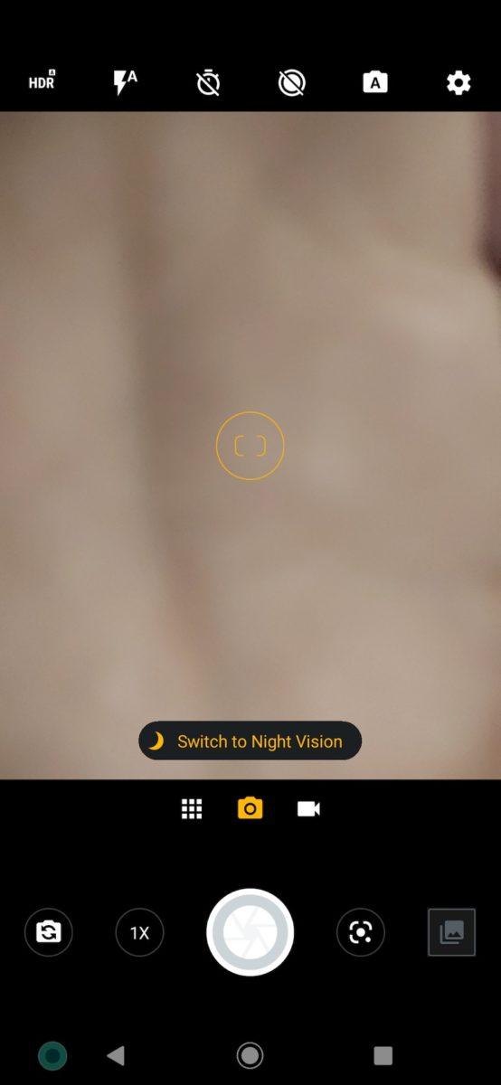Motorola One Zoom review camera app