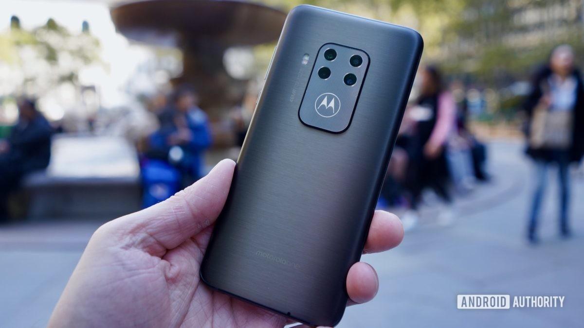 Motorola One Zoom review camera module