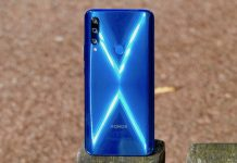The back of the Honor 9X is an eye-catching, glittery piece of pixel art