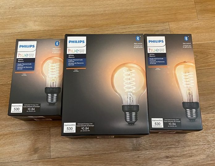 Review: Philips Hue Vintage-Style Filament Bulbs Are Perfect for Accent Lighting