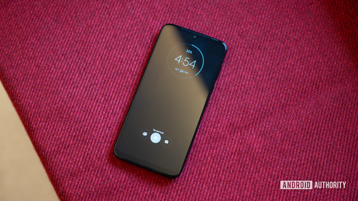 Moto G8 Plus with ambient display