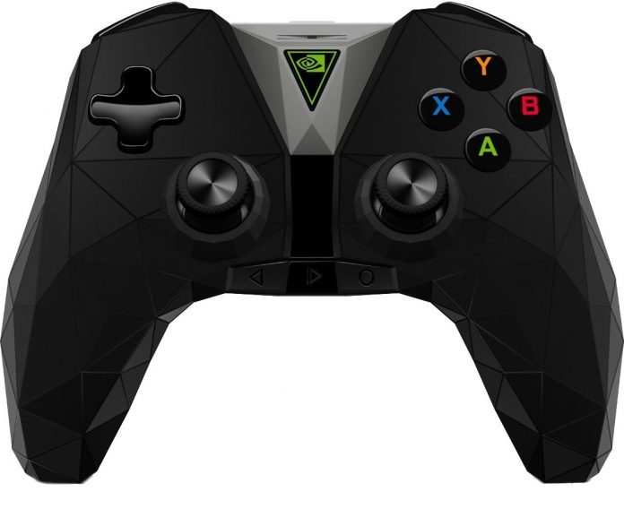 What controllers are compatible with the NVIDIA Shield TV Pro (2019)?