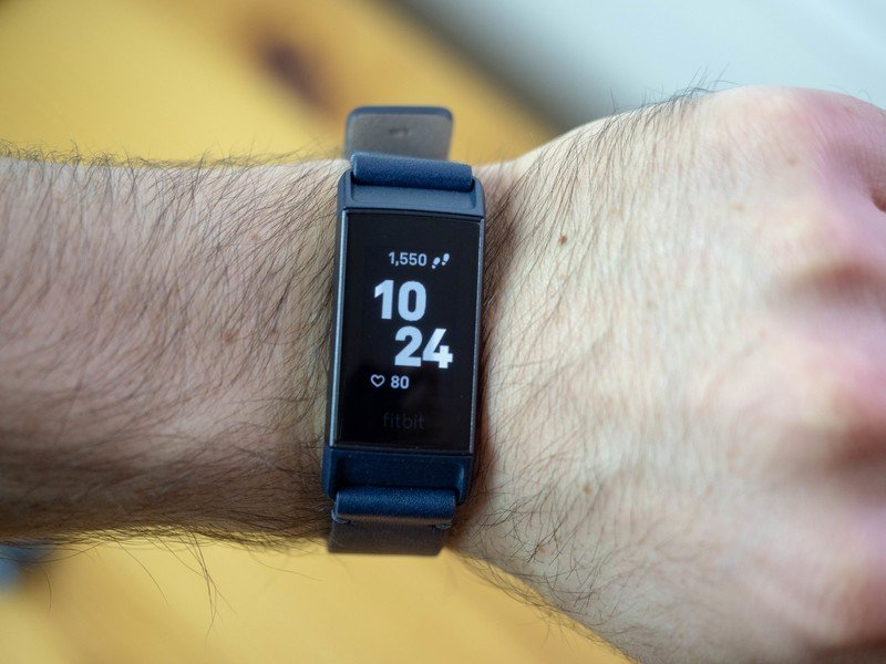 fitbit-charge-3-review-bader-8.jpg?itok=