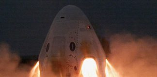 SpaceX conducted a key Crew Dragon engine test — and it didn't blow up!