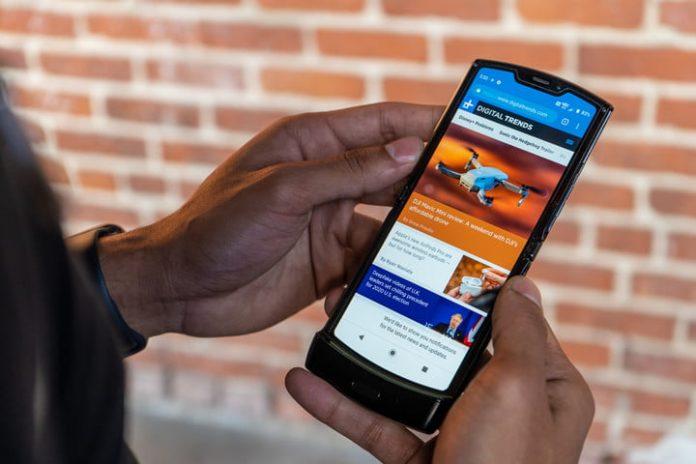 Motorola Razr vs. Samsung Galaxy Fold: Flipping versus folding