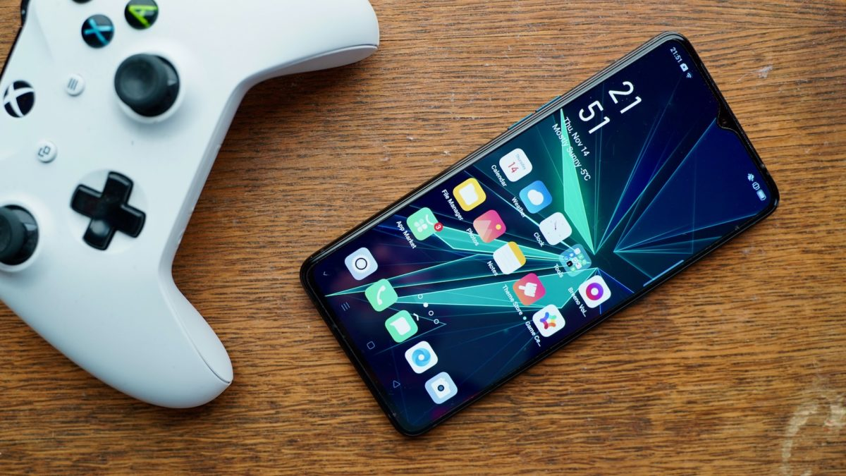 Oppo Reno Ace review front with game controller