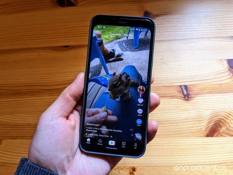 tiktok-app.jpg?itok=QU0UFVQ9