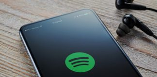 Spotify starts testing real-time lyrics to enable karaoke experience