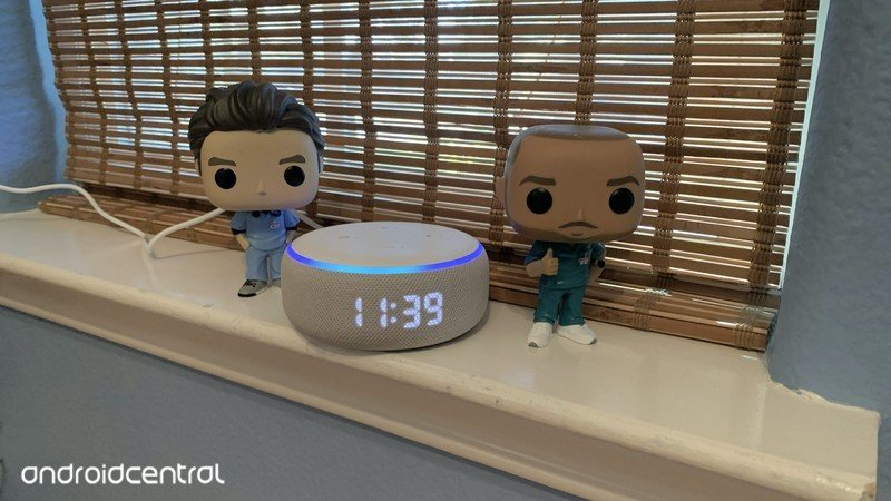 echo-dot-with-clock-review-6.jpg?itok=Ku