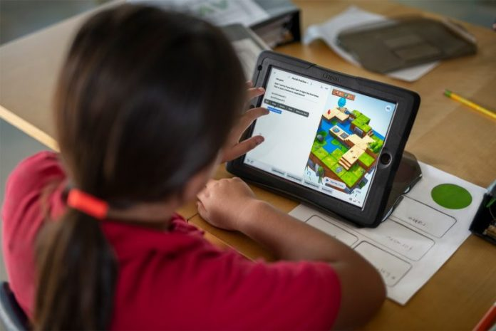 Apple Revamps Everyone Can Code Curriculum, Offers Coding Classes in Apple Stores in December
