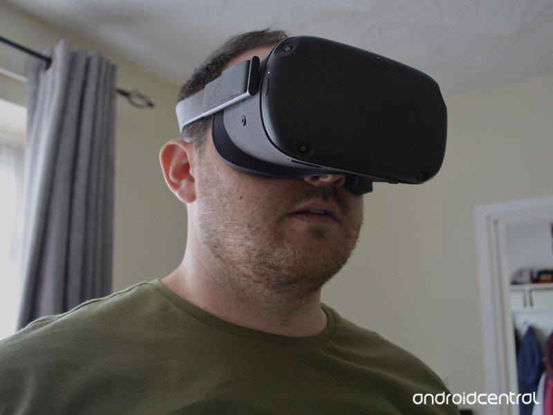 oculus-quest-sean-closeup.jpg?itok=n964v