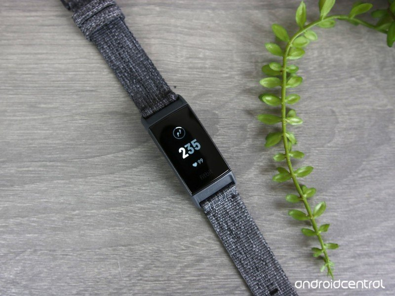 fitbit-charge-3-review-1.jpg?itok=pFX3l3