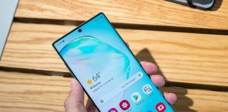 Samsung is selling a boatload of AMOLED displays these days
