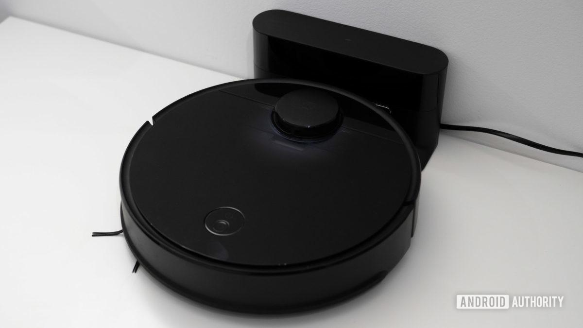 Roborock S4 review charging dock
