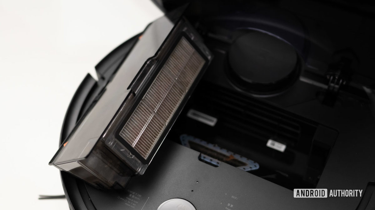 Roborock S4 review air filter