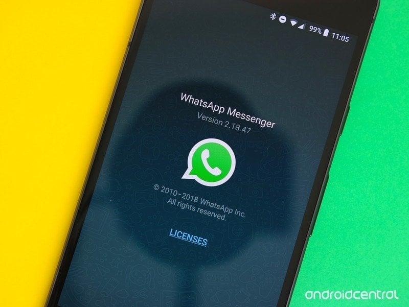 whatsapp-hero-4.jpg?itok=wIFKT6q7
