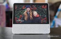Lenovo Smart Display 7 review wider shot