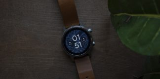 Moto 360 (2019) review: A good watch on a so-so platform