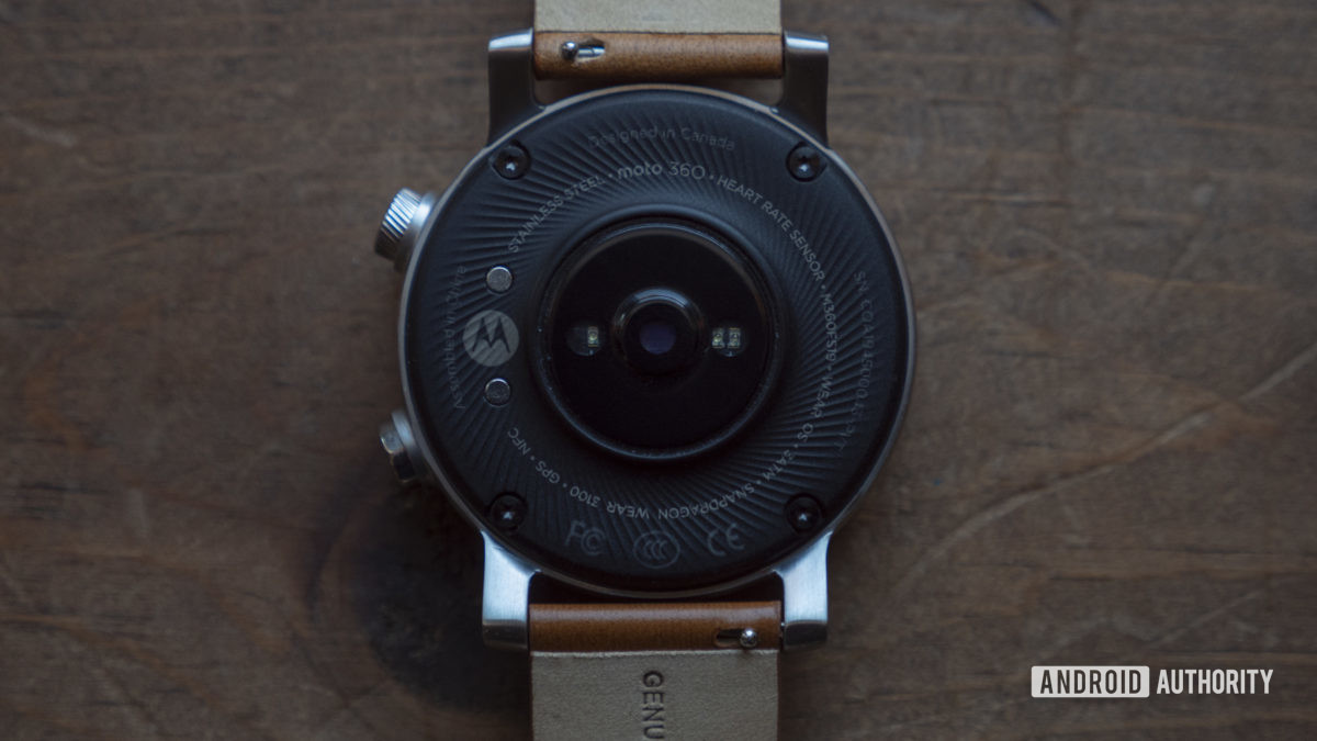 Moto 360 2019 review heart rate sensor