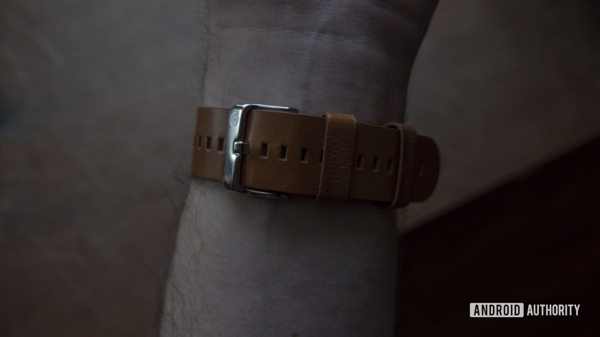 Moto 360 2019 review leather strap on wrist