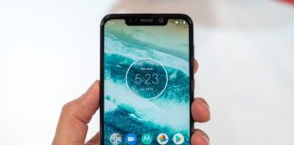 Motorola One Power starts receiving the stable Android 10 update