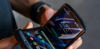 Motorola is delaying the new Razr because of overly high demand