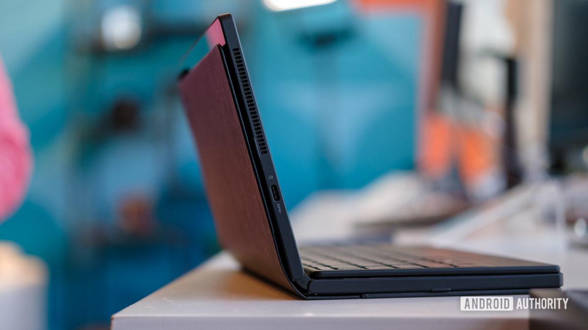 Lenovo Thinkpad X1 Fold back side on table 1