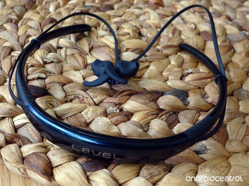 samsung-level-u-headphones-1.jpg?itok=oe