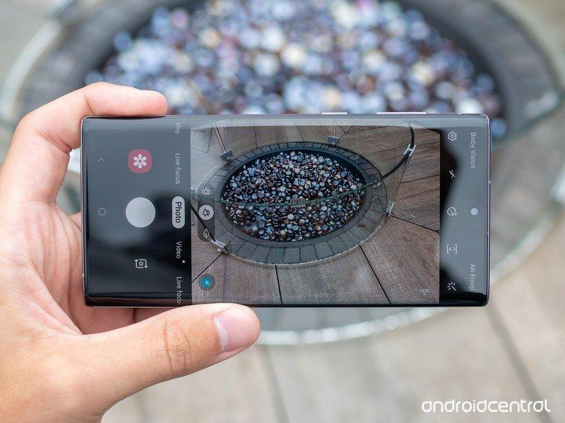 galaxy-note-10-camera-interface.jpg?itok