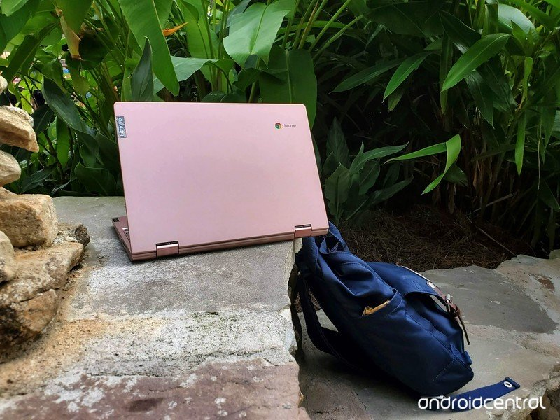 lenovo-chromebook-c340-11-review-pink-bi