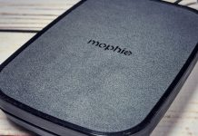 Reviewing mophie's wireless charging stands and pads