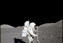 Researchers develop technique for analyzing moon dust from a single grain