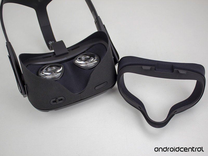 oculus-quest-face-pad-removed.jpg?itok=d