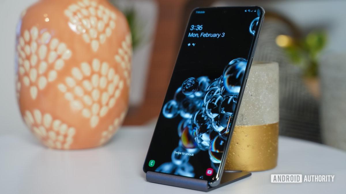 Samsung Galaxy S20 Ultra standing tall