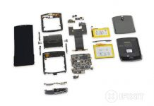 Motorola Razr tagged by iFixit as 'most complicated' phone for repairs