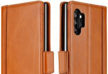 Carry it all in one place with your Note 10+ and a trusty wallet case
